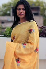 Load image into Gallery viewer, Sparrows Embroidered Linen Saree
