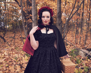 When Little Red Riding Hood Meets Dark Pinup