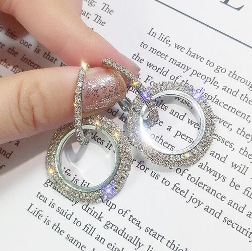 Elegant Crystal Earrings - FinishingTouchesx