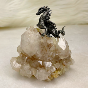 Dragon on Faden Quartz