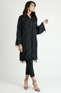 Black tunic in dual textured cotton net (one piece)