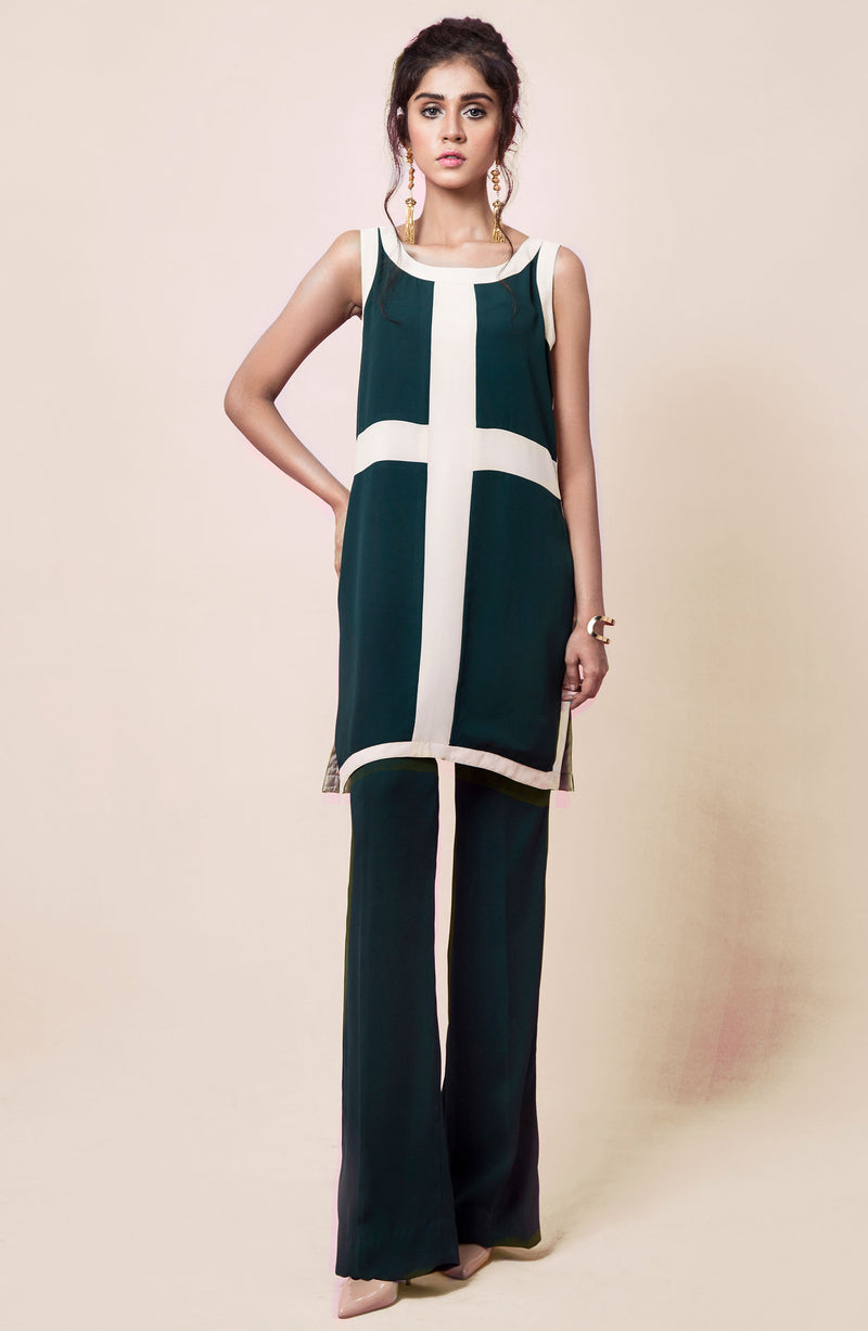 COLOUR BLOCK Kurta IN BEIGE AND GREEN PAIRED WITH TAILORED WIDE LEG  PANTS