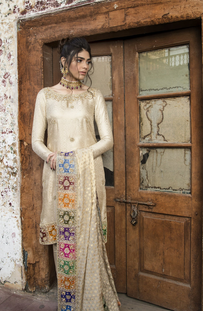 Designer wedding wear pakistani dress with hand embroidered chatta patti duppatta