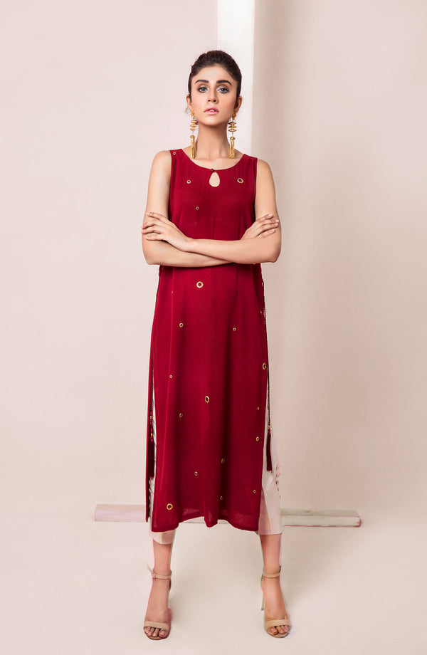 MIDI LENGTH Kurta IN SOLID COLOUR WITH HIGH CHAASK AND  EYELET DETAILS AND TASSEL WITH A