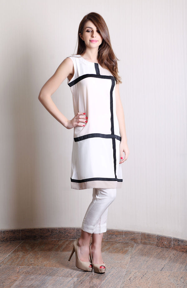 COLOUR BLOCK Kurta IN BLACK NUDE PINK AND WHITE FOR PARTYWEAR
