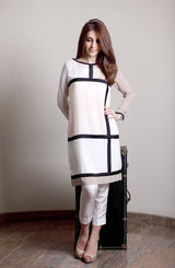 White Color-block tunic (One piece)