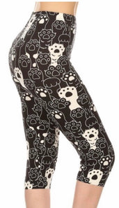 Leggings - Capri - Black and White Paws