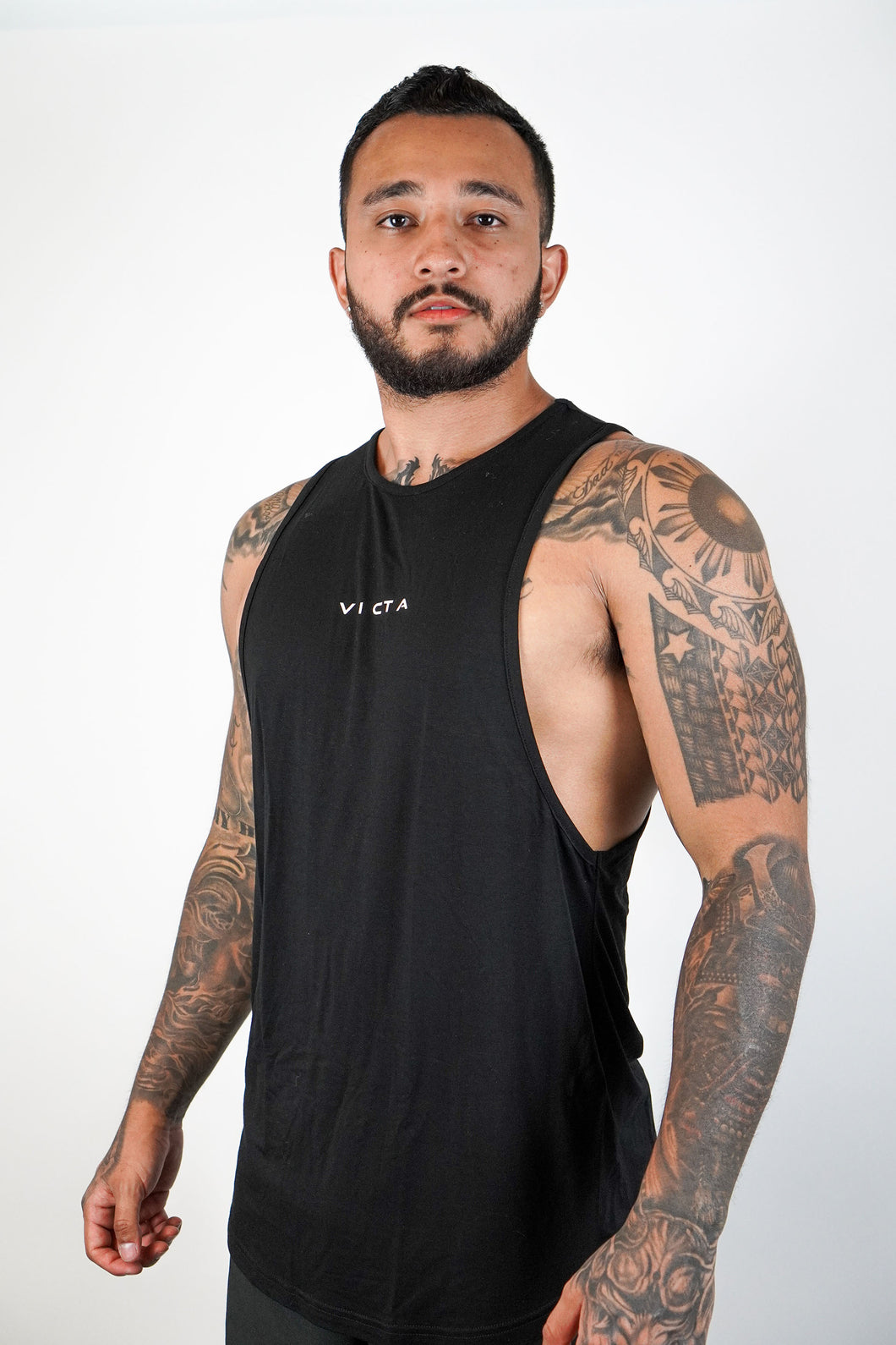 Essential Cut Off – Jet Black