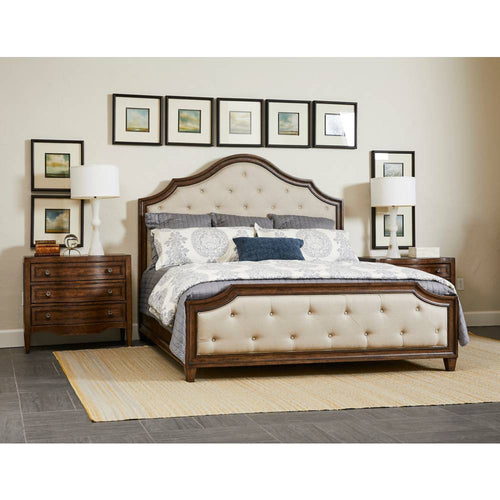 Thoroughbred Manor Upholstered Bed