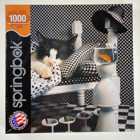 Checkerboard Cat 1000 Piece Puzzle