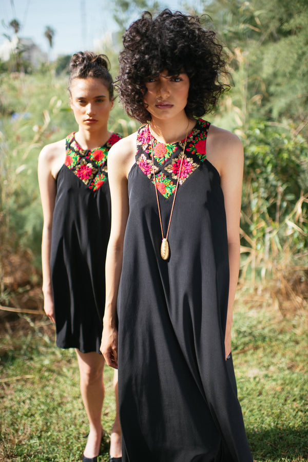 Maxi Monaco in Black & Flowers