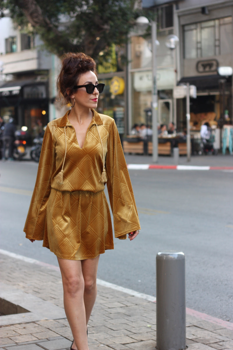VALENTINA Dress in Mustard velvet