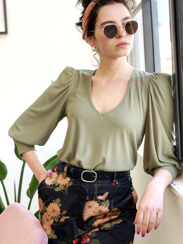 Louise Top in Olive Green