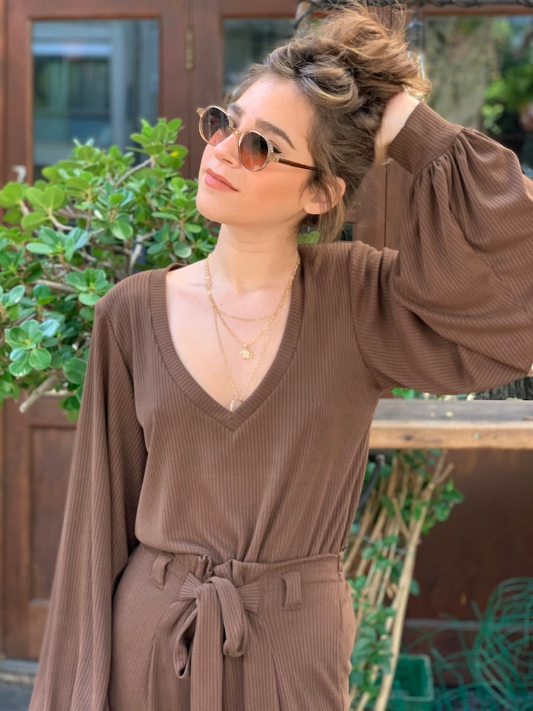 Isabelle Top in Ribbed Brown