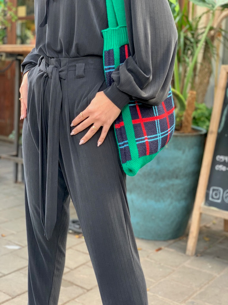 Isabelle Pants in Black