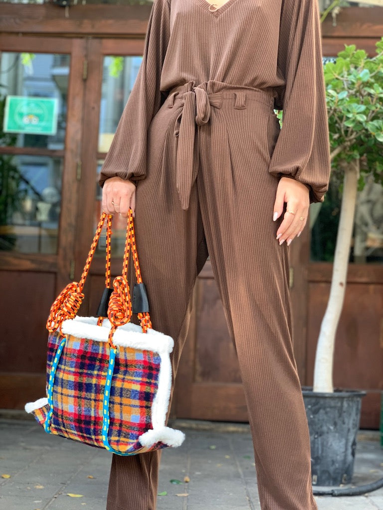 Isabelle Pants in Ribbed Brown