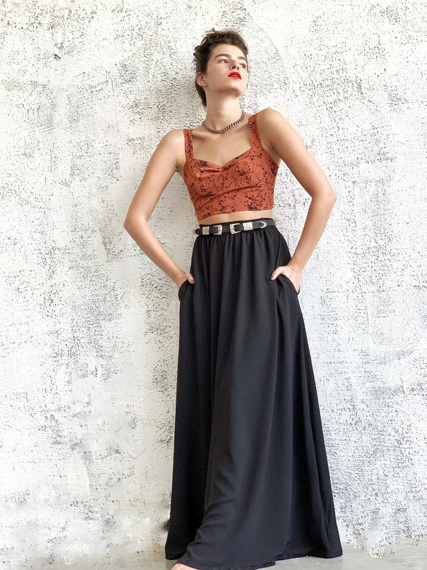 Manhattan Maxi skirt in Black