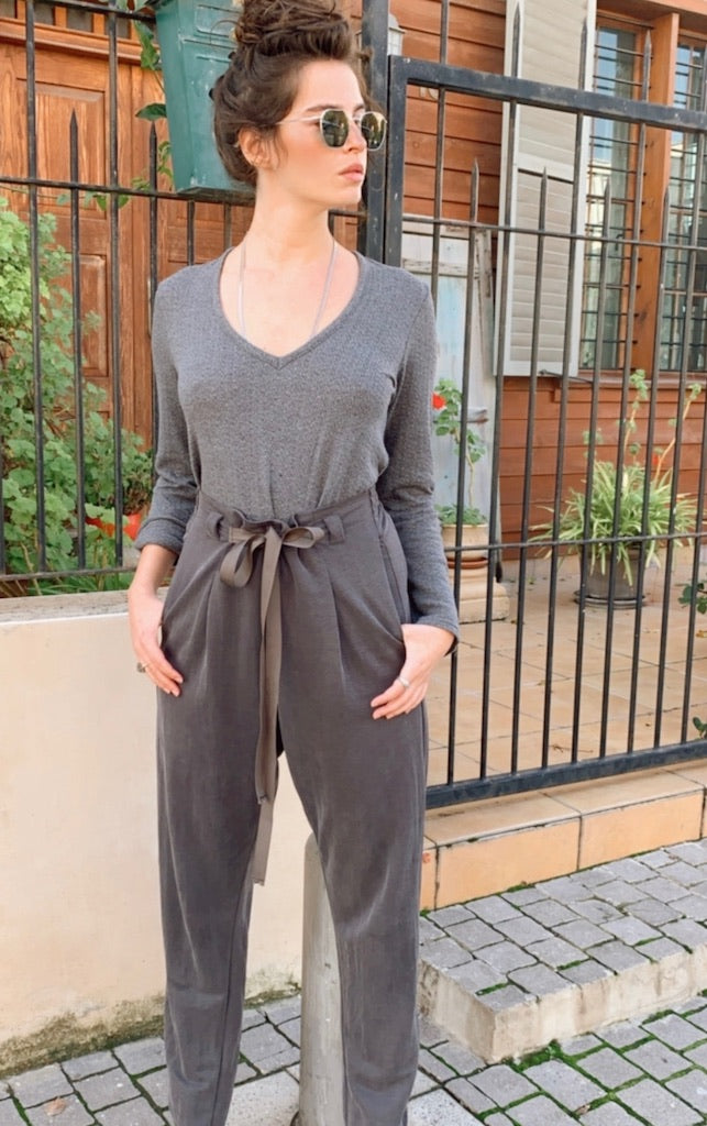 Jessa Pants in Grey
