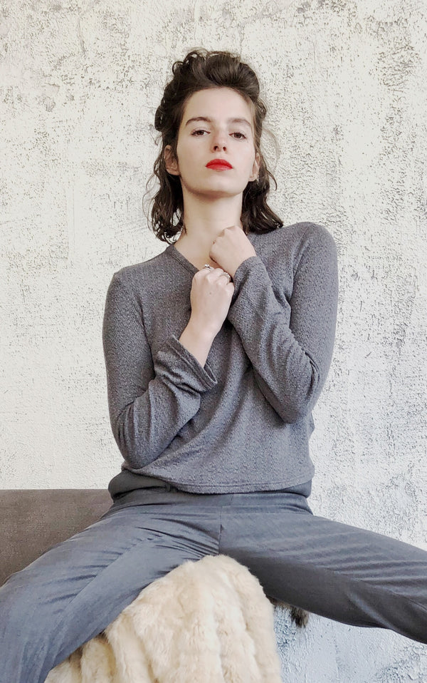 Crew neck SELENA top in knitted Grey