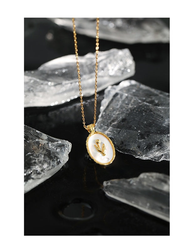 Tulip On Shell Gold Coin Necklace