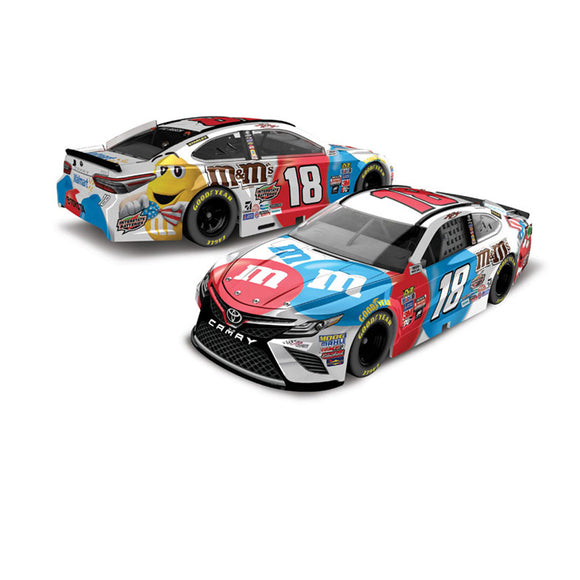 Kyle Busch Red White Blue 1/64 Scale Diecast Car
