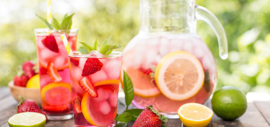 Strawberry Lemonade| Drinks Recipes for Summer in August
