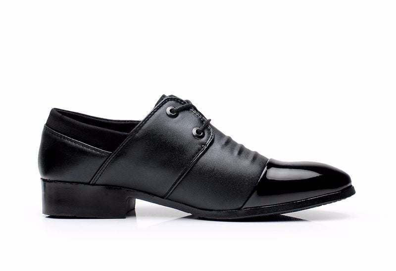 Fashionable business shoe collection