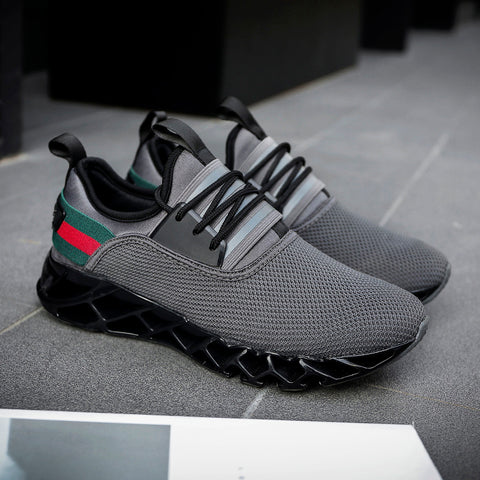 Breathable men sneakers