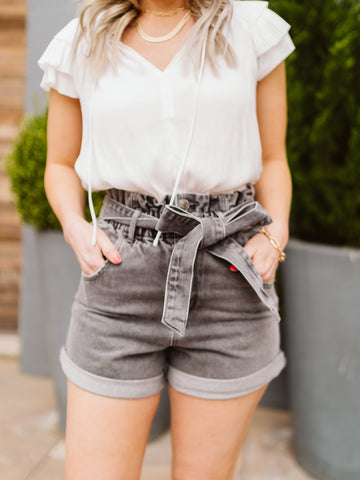 Cool Mom Tie Shorts