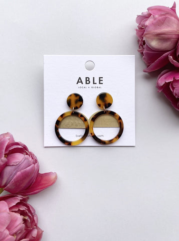 Auburn Tortoise Nile Earrings