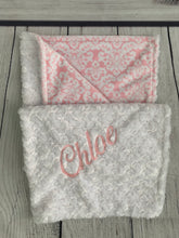 Load image into Gallery viewer, Pink Damask No Ruffle Gift Set