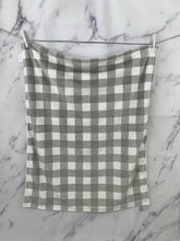 Load image into Gallery viewer, Gray/White Buffalo Check Blanket No Ruffle