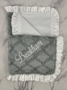 Gray Lattice with White Ruffle Gift Set 3