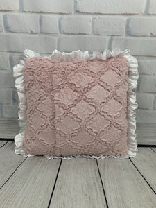 Dusty Pink Lattice with White Ruffle Gift Set