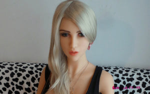 140cm 4.59ft Sex Doll Gianna Nanninia 1