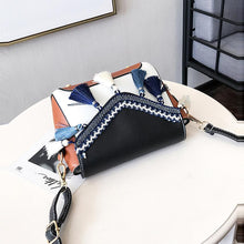 Load image into Gallery viewer, Tassel Hit Color Cross Body Bag
