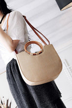 Load image into Gallery viewer, Fashion Plain Straw Wood Handle One Shoulder Hand Bag