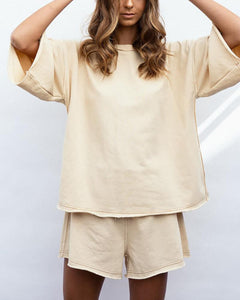 Round Collar T-Shirt & Shorts Set