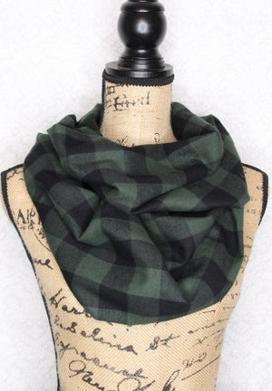 Forest Green and Black Classic Buffalo Plaid Lightweight Flannel Infinity Scarf Lumberjack Tartan