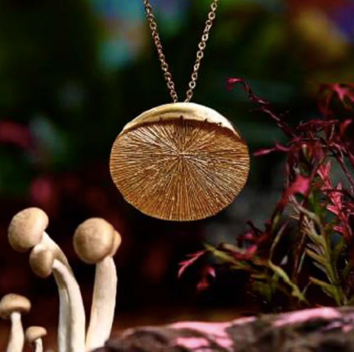Pendant Necklace Mycena - HONESTA