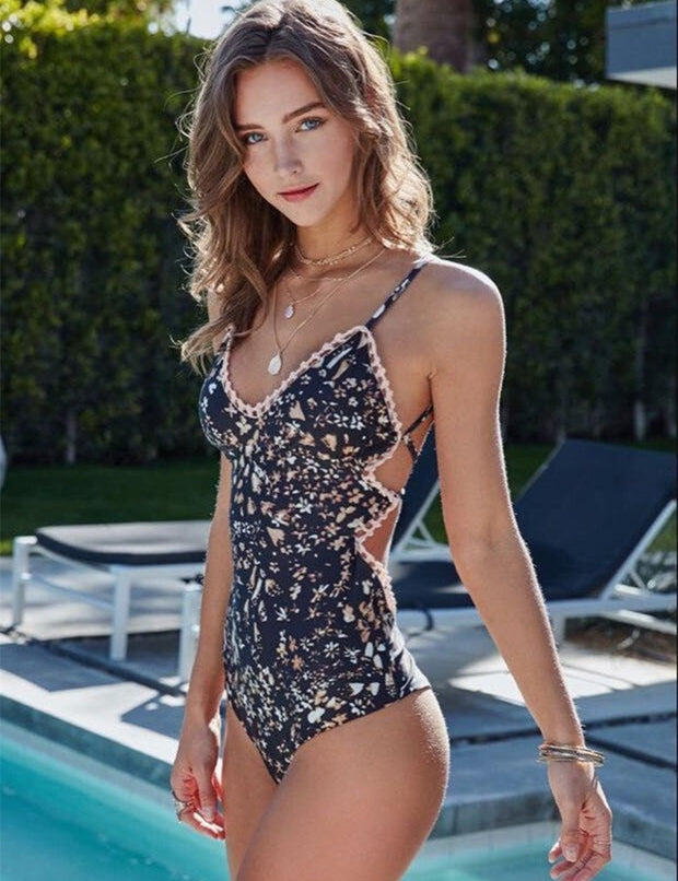DELICATE FLOWER ONE PIECE SWIMSUIT - OutFancy