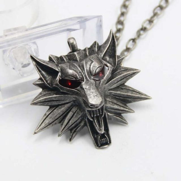 Woman Pendant Wolf Head Necklace Jewelry