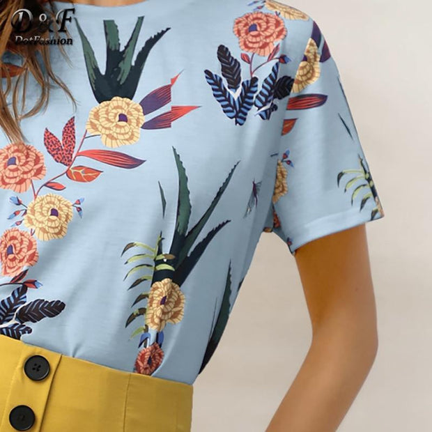 YEAR ROUND VACATION Botanical Tee - OutFancy