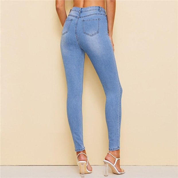 STRAIGHT TO THE PANT Ripped Jeans - OutFancy
