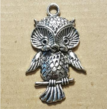 AB-0230 - Antique Silver Owl Pendant,22x44mm | Pkg 4