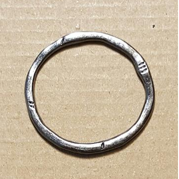 AB-0260 - Gunmetal Ancient 32mm Ring | Pkg  5