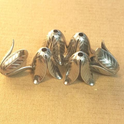 AB-0150 - Antique Silver Flared Leaf Bead Caps,16mm | Pkg 4