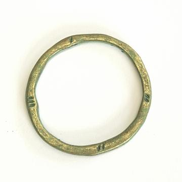 AB-0258 - Ancient Style Round Jewelry Link,Antique Brass With Patina,32mm | Pkg 5