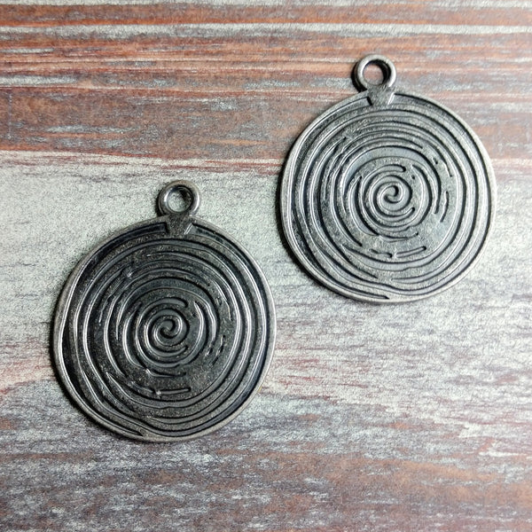 AB-0514 - Gunmetal Coin Pendant With Swirls,33mm | Pkg 2