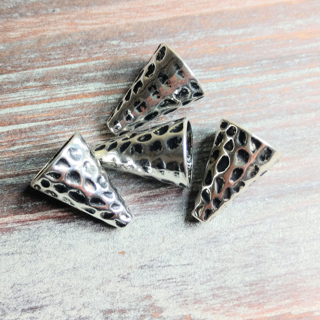 AB-0559 - Antique Silver Hammered Bead Cone, 16x22mm | Pkg 4